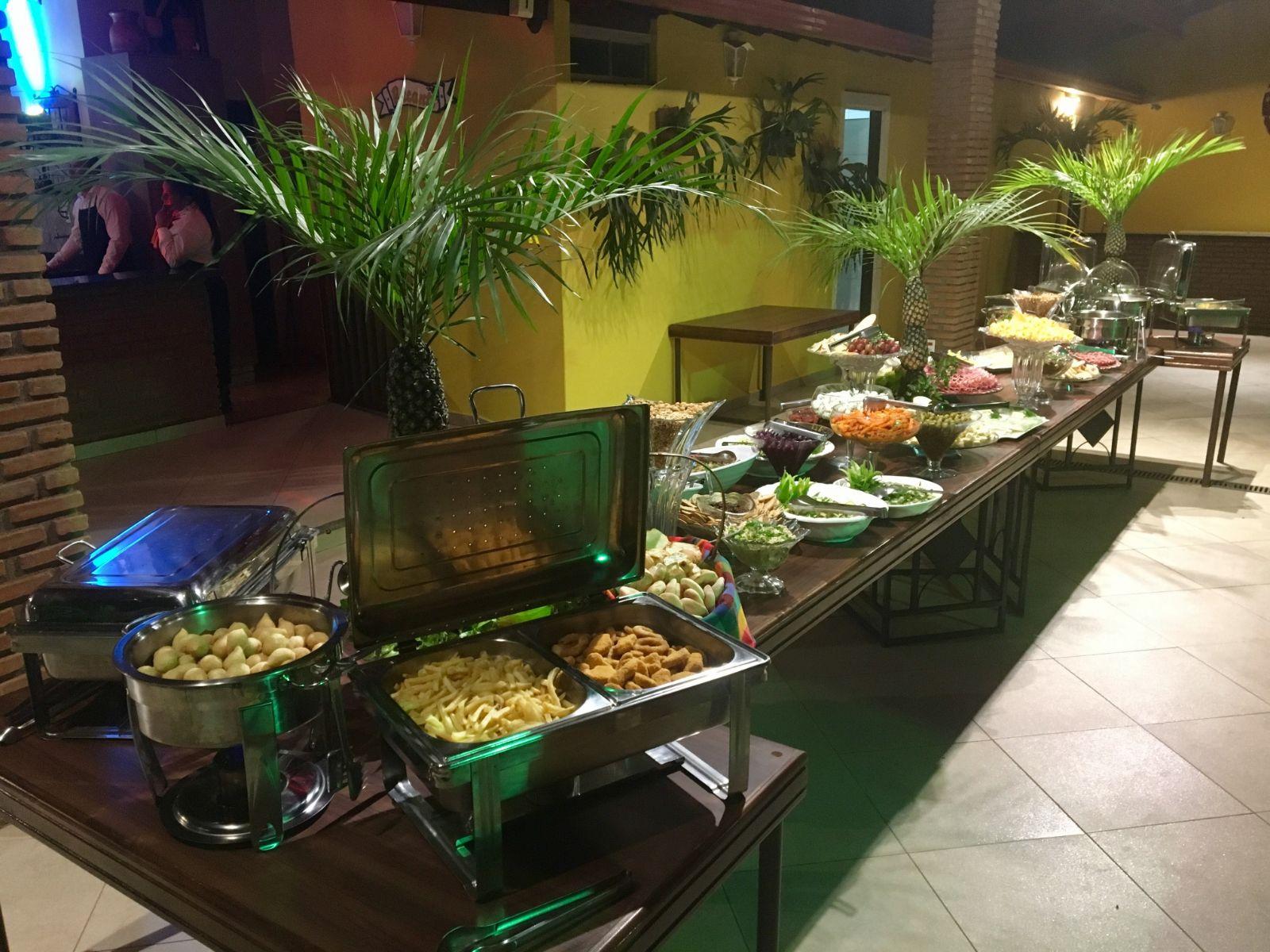 buffet mesa de boteco